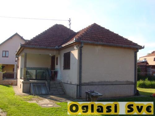Kuca u Cacku naselje Kosutnjak