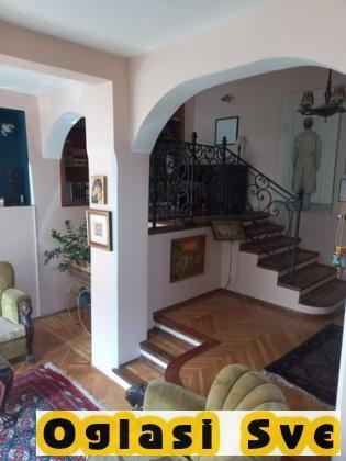Salonac u mirnoj ulici na Vračaru 124 m2